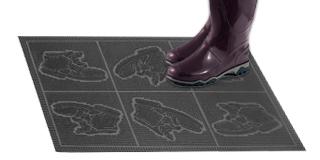 Резиновый коврик «Ботинки»