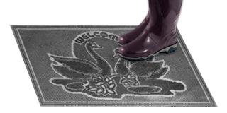 Резиновый коврик «Лебеди»